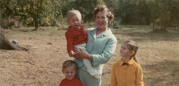 Estelle Milner with sons Mark and Paul and daughter Suzanne, 1965.